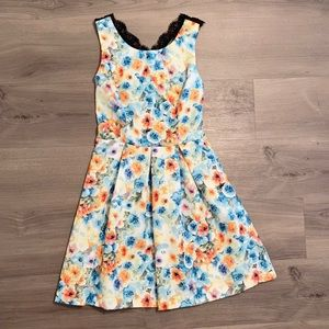 FOREVER 21 colorful dress
